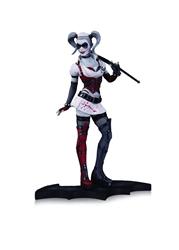 Picture of Harley Quinn Arkham Asylum Statue