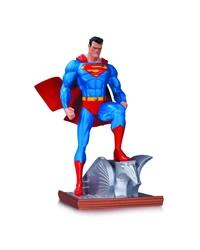 Picture of Superman Mini Statue New Edition