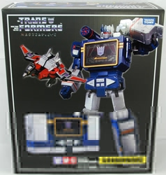 Picture of Transformers Masterpiece Soundwave