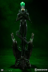Picture of Alien Internecivus Raptus Statue