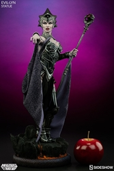Picture of Evil Lyn Masters of the Universe 1/5 Scale Statue