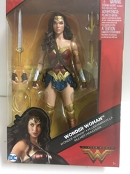 Picture of Wonder Woman Multiverse Figure