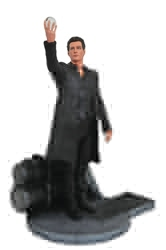 Picture of Dark Tower Man in Black Gallery PVC Figure