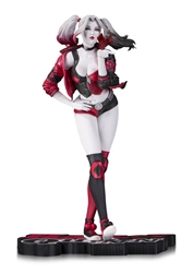 Picture of Harley Quinn Red, White & Black Lau Statue