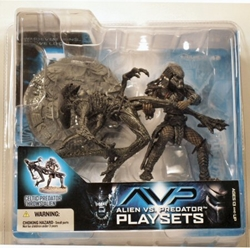 Picture of Aliens vs Predator Celtic Predator Throws Alien Playset