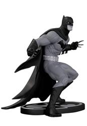 Picture of Batman Black and White Capullo Statue