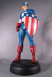 Picture of Captain America WW II Version Statue