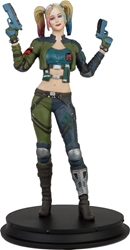 Picture of Harley Quinn Green Costume Injustice Deluxe Statue