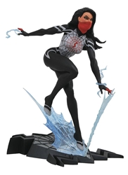 Picture of Silk Marvel Gallery PVC Figure