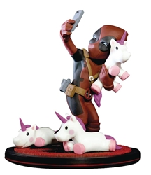 Picture of Deadpool Unicorn Selfie Q-Fig Max Toons Figure