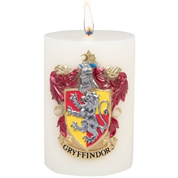 Picture of Harry Potter Gryffindor Sculpted Insignia Candle