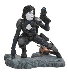 Picture of Domino Marvel Premier Comic Statue