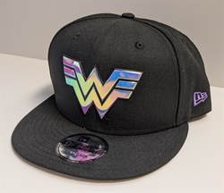 Picture of Wonder Woman '84 Shiny Logo 9Fifty Snap Back Hat
