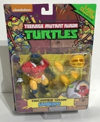 Picture of Teenage Mutant Ninja Turtles Touchdown Tossin' Leonardo Classic Collection