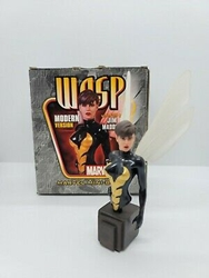 Picture of Wasp Mini Bust Modern Version